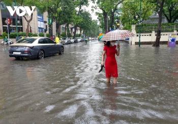 Thời tiết hôm nay: Mưa lớn diện rộng trên địa bàn cả nước