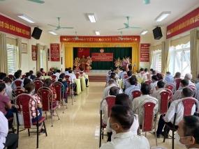 Ông Tạ Văn Long,  Phó Bí thư Thường trực Tỉnh ủy tiếp  xúc cử tri vận động bầu cử tại xã Tân Hương, Đại Đồng – Yên Bình