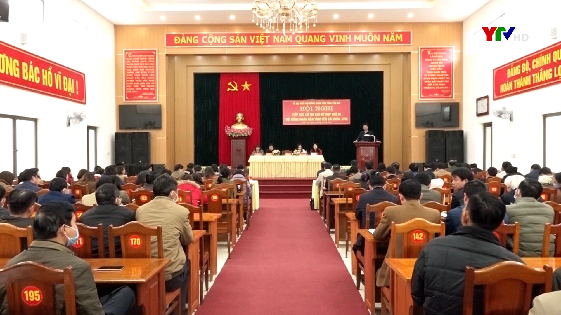 Đồng chí PCT Thường trực UBND tỉnh Nguyễn Thế Phước tiếp xúc cử tri huyện Trấn Yên