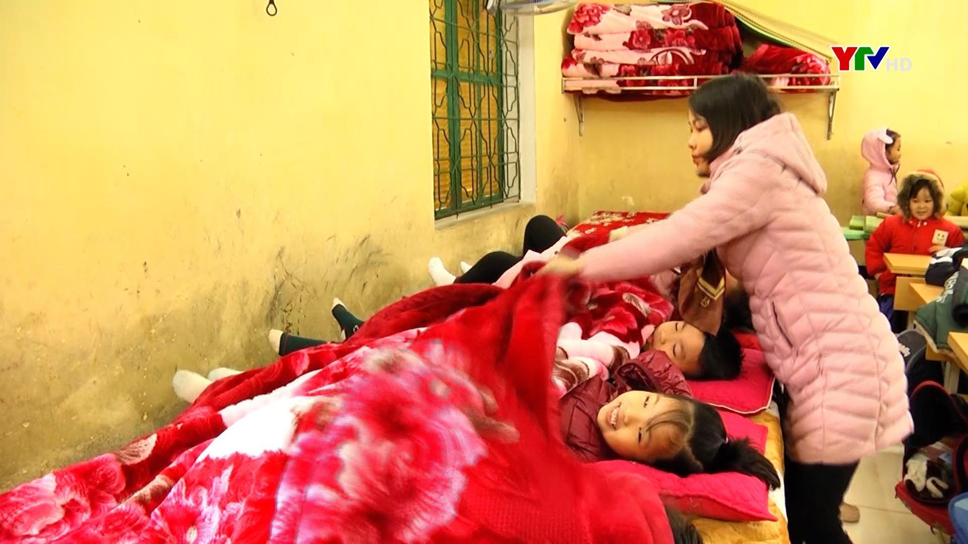 Ngành Giáo dục huyện Yên Bình tăng cường phòng, chống rét cho học sinh