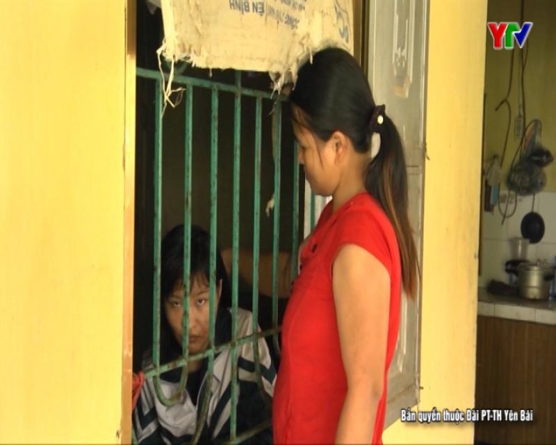 Thương cảnh người mẹ chăm 3 con bệnh tật