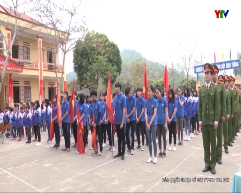 Tuổi trẻ Yên Bái xung kích tình nguyện xây dựng nông thôn mới