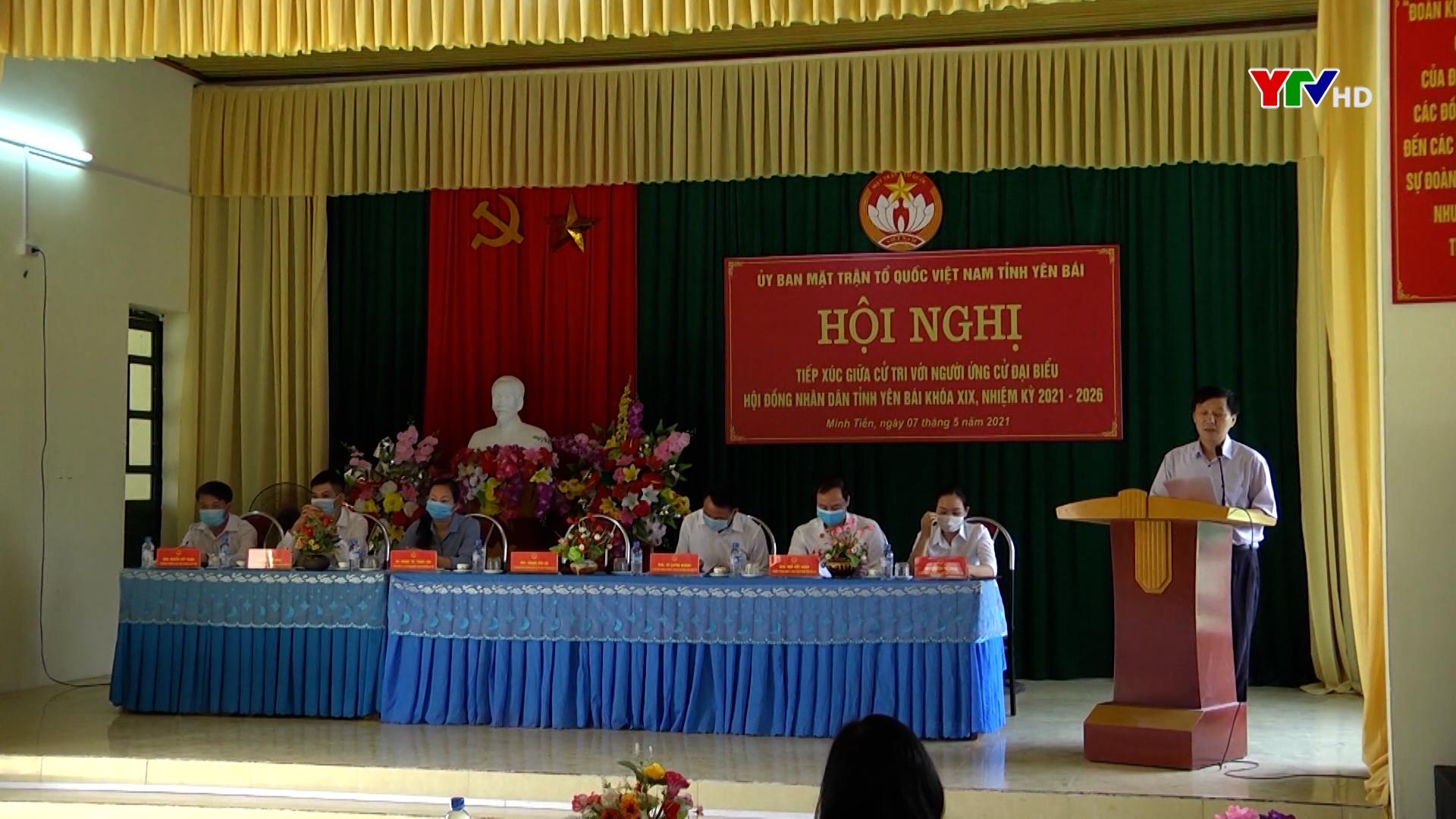 Các ứng cử viên HĐND tỉnh tiếp xúc cử tri tại Lục Yên