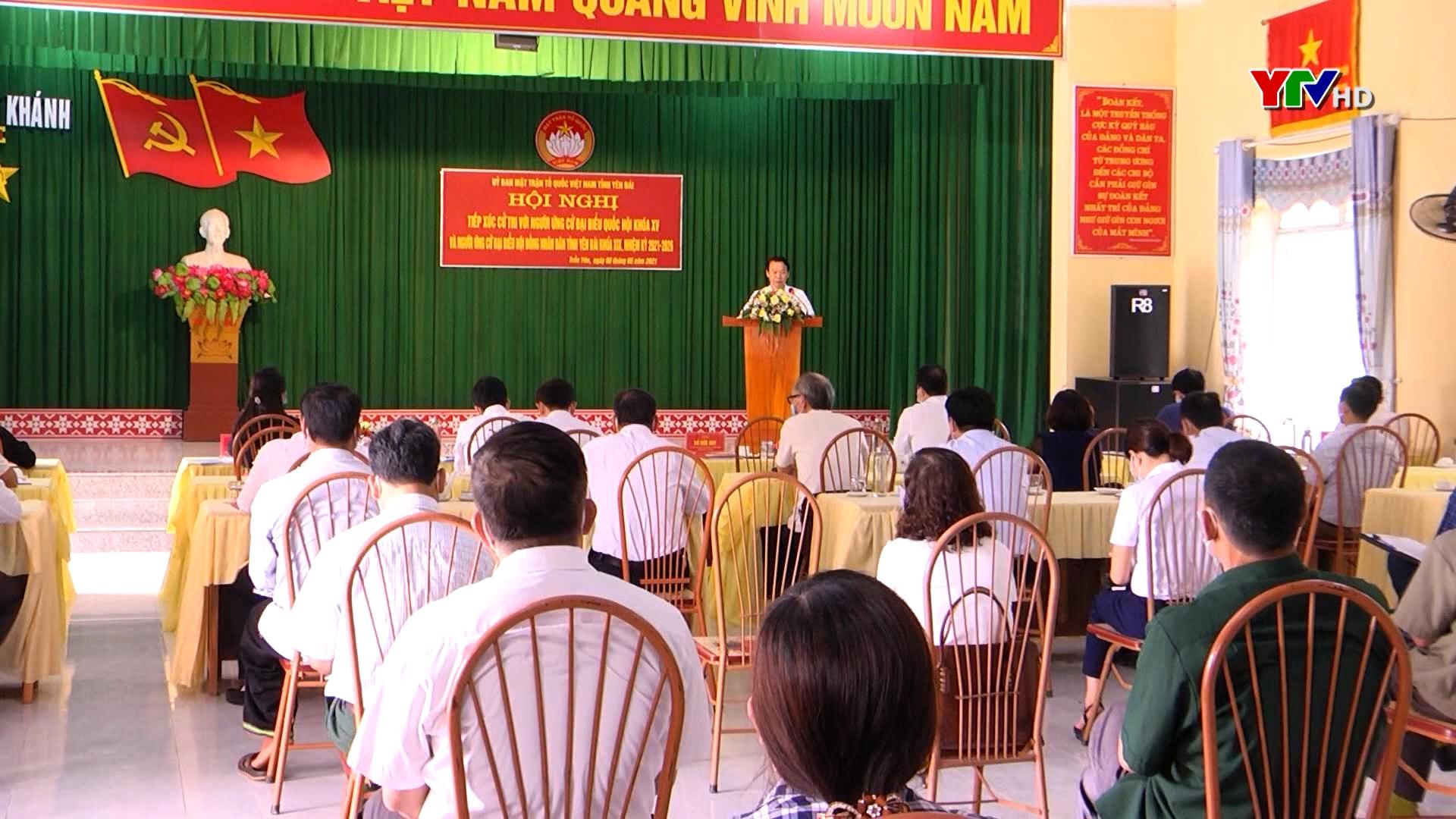 Hội nghị tiếp xúc cử tri tại huyện Trấn Yên
