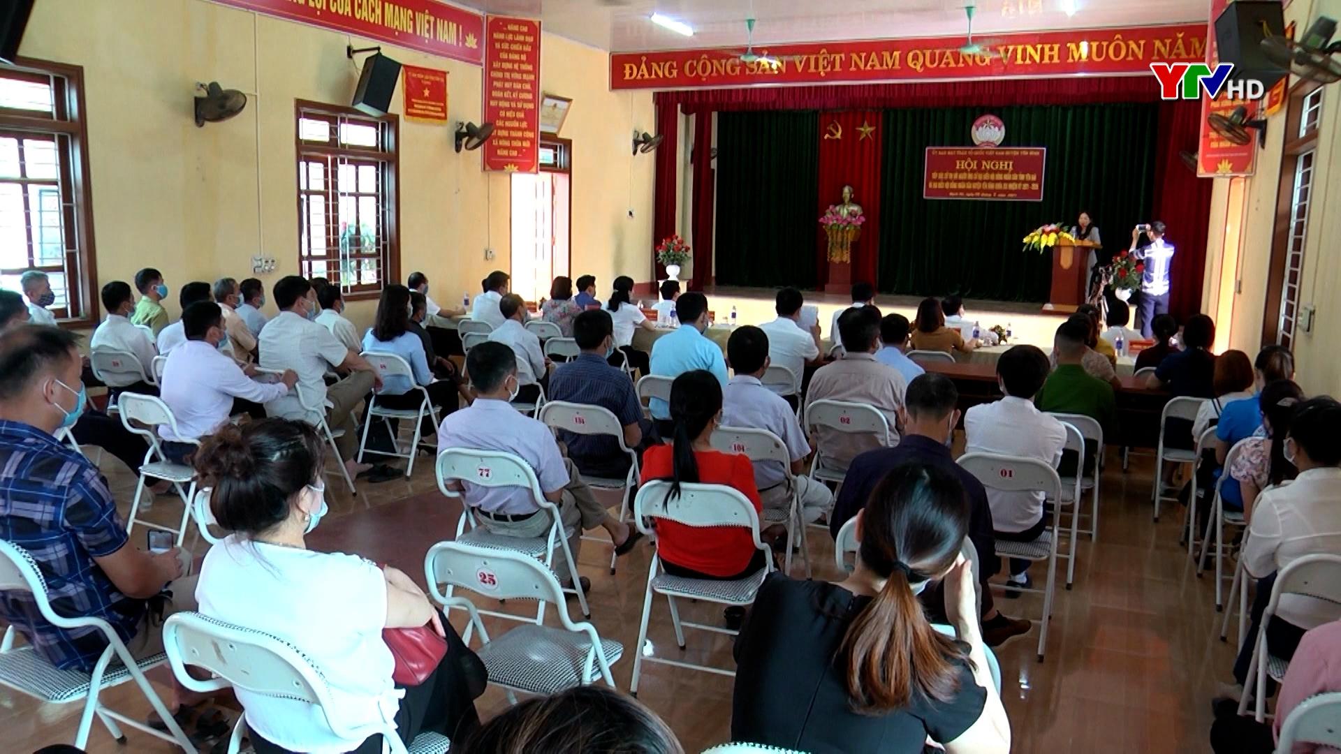 Hội nghị tiếp xúc cử tri tại huyện Yên Bình