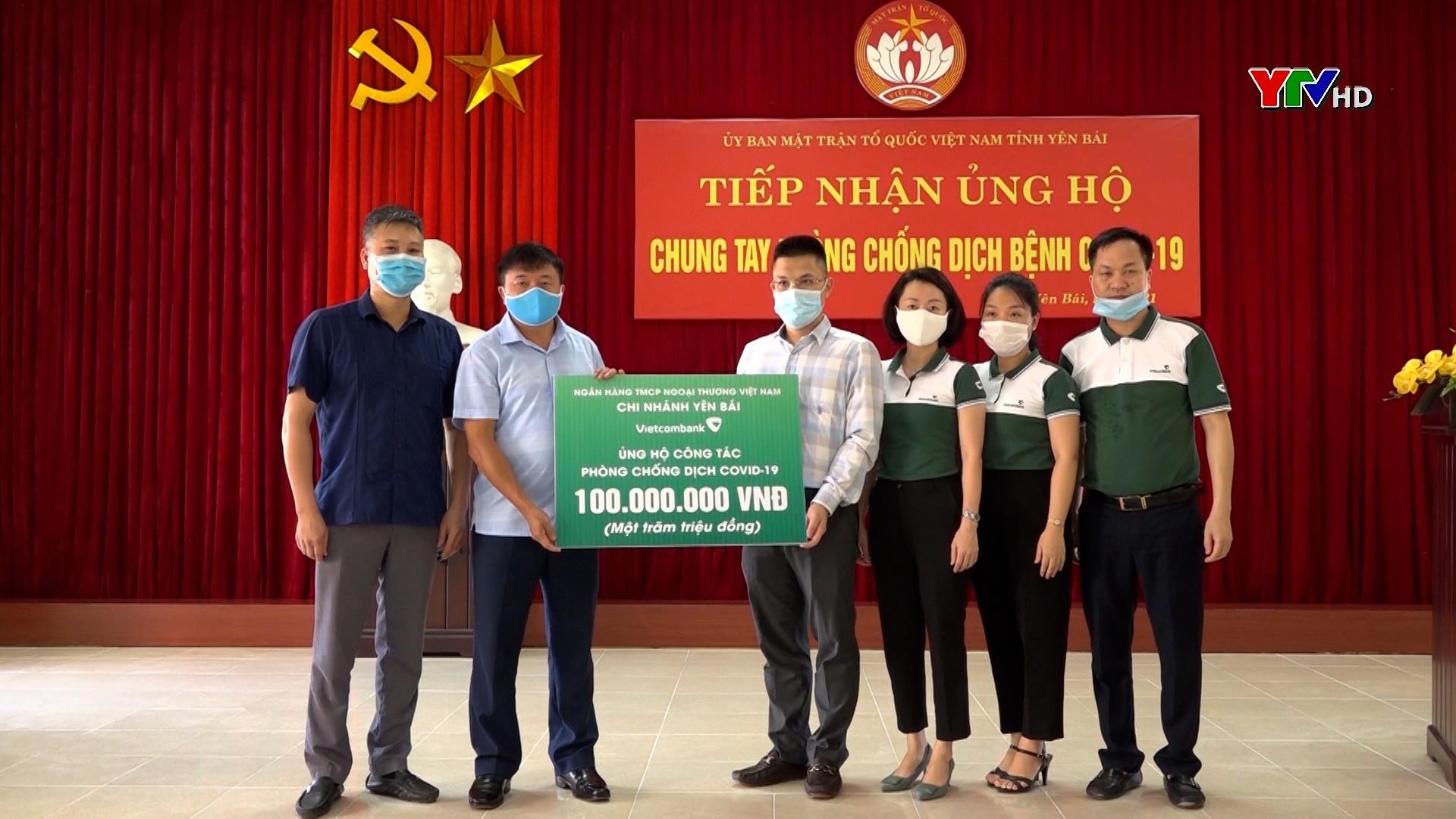 Uỷ ban MTTQ tỉnh Yên Bái tiếp nhận 161 triệu đồng ủng hộ Quỹ phòng chống COVID-19