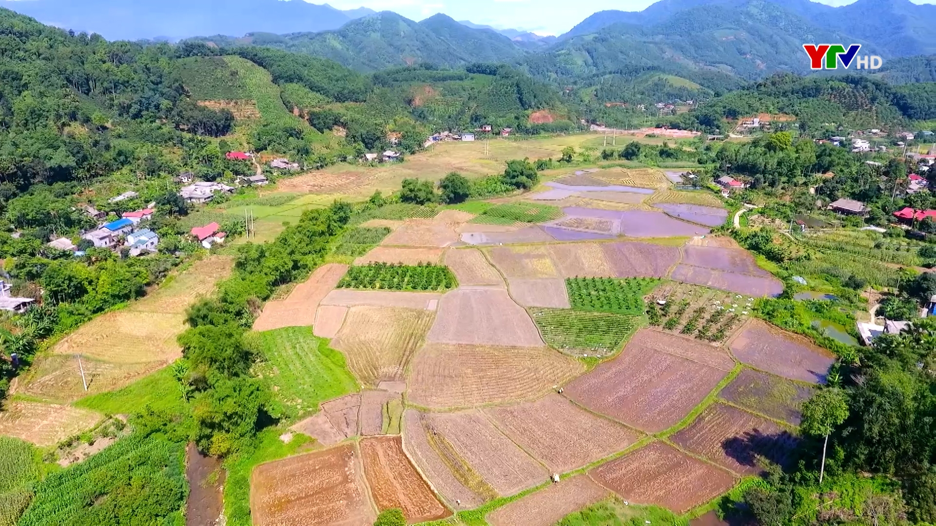 Xã Tân Thịnh, huyện Văn Chấn phấn đấu đạt nông thôn mới kiểu mẫu