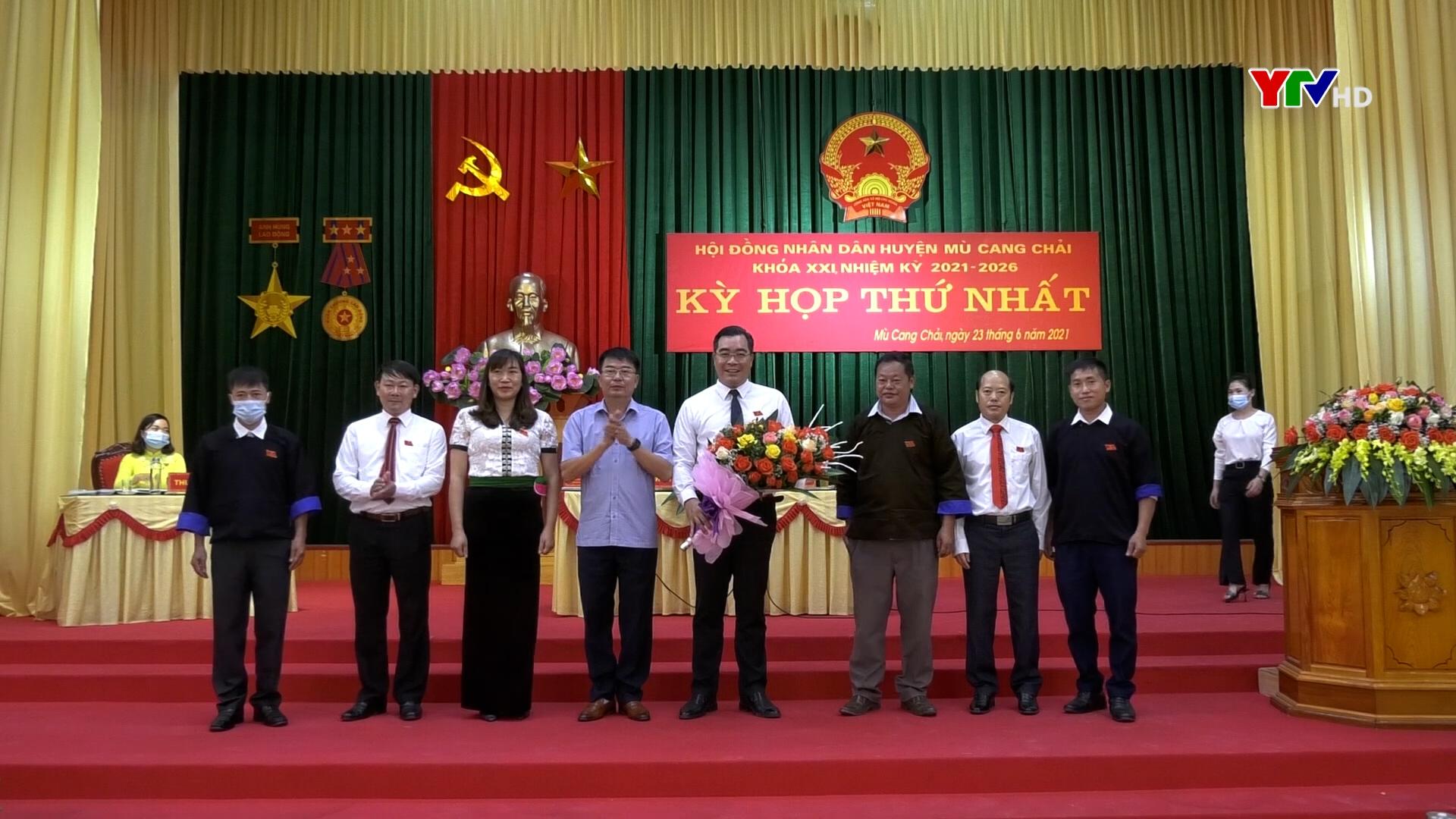 Kỳ họp thứ 1 - HĐND huyện Mù Cang Chải khóa XIX, nhiệm kỳ 2021 - 2026