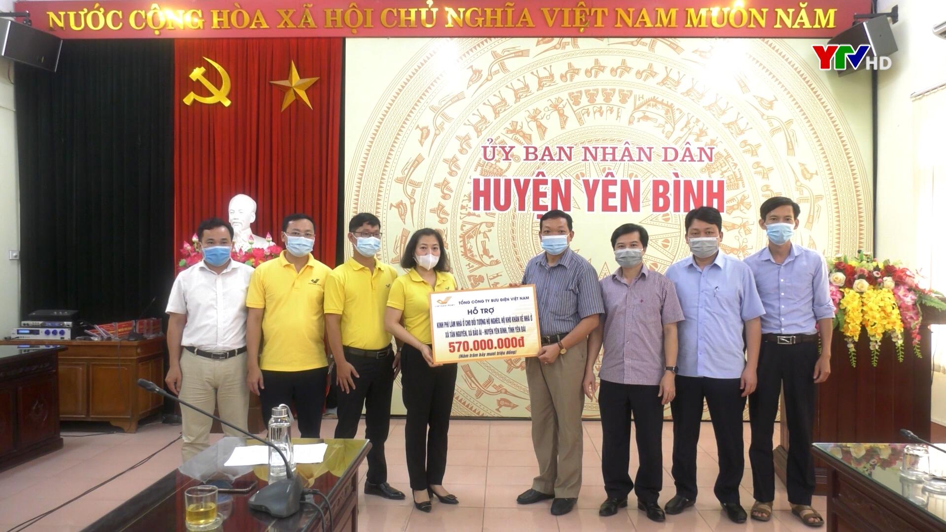Hỗ trợ 570 triệu đồng giúp hộ nghèo huyện Yên Bình làm nhà ở