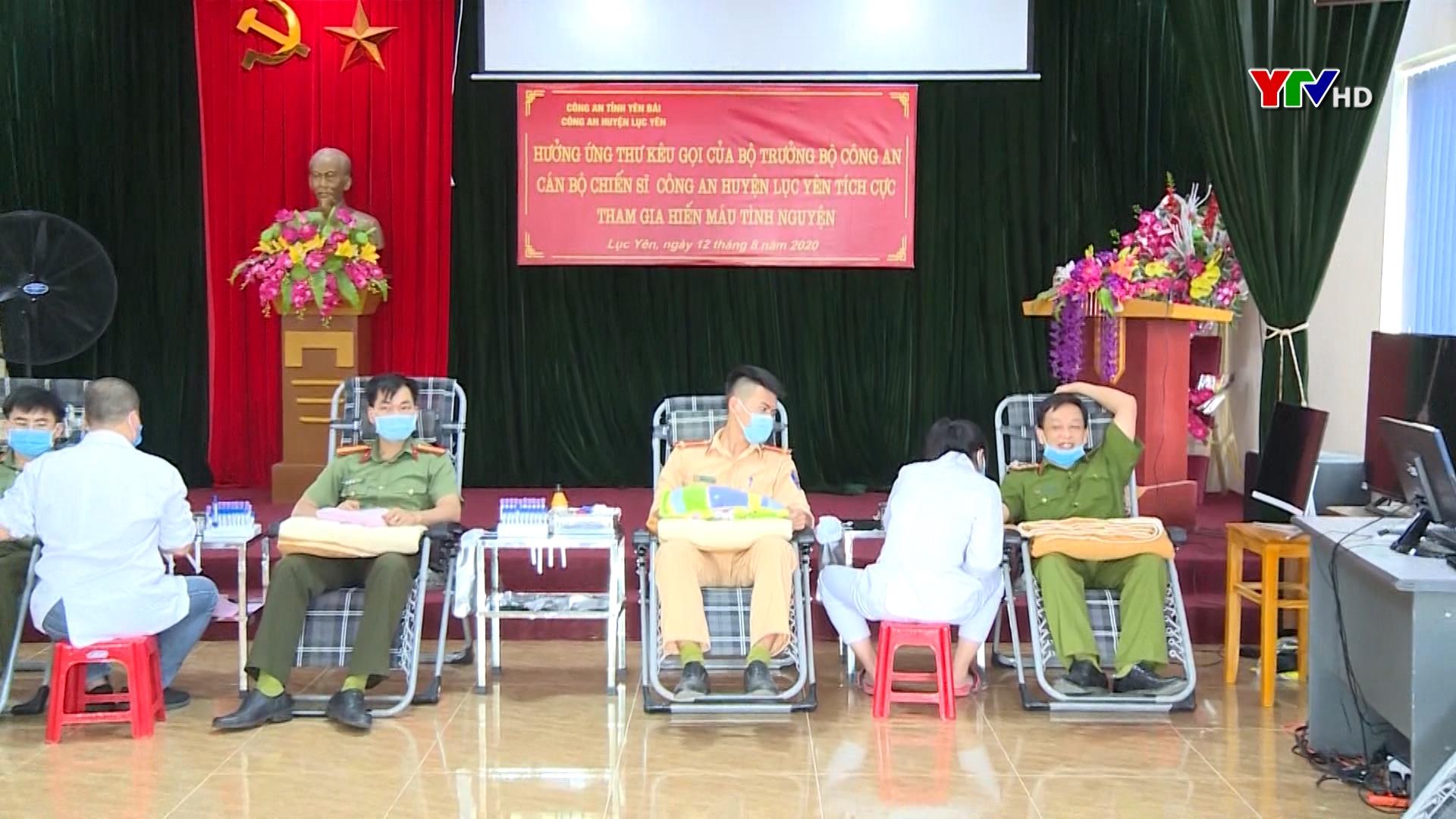 Cán bộ, chiến sỹ Công an huyện Lục Yên tích cực tham gia hiến máu tình nguyện