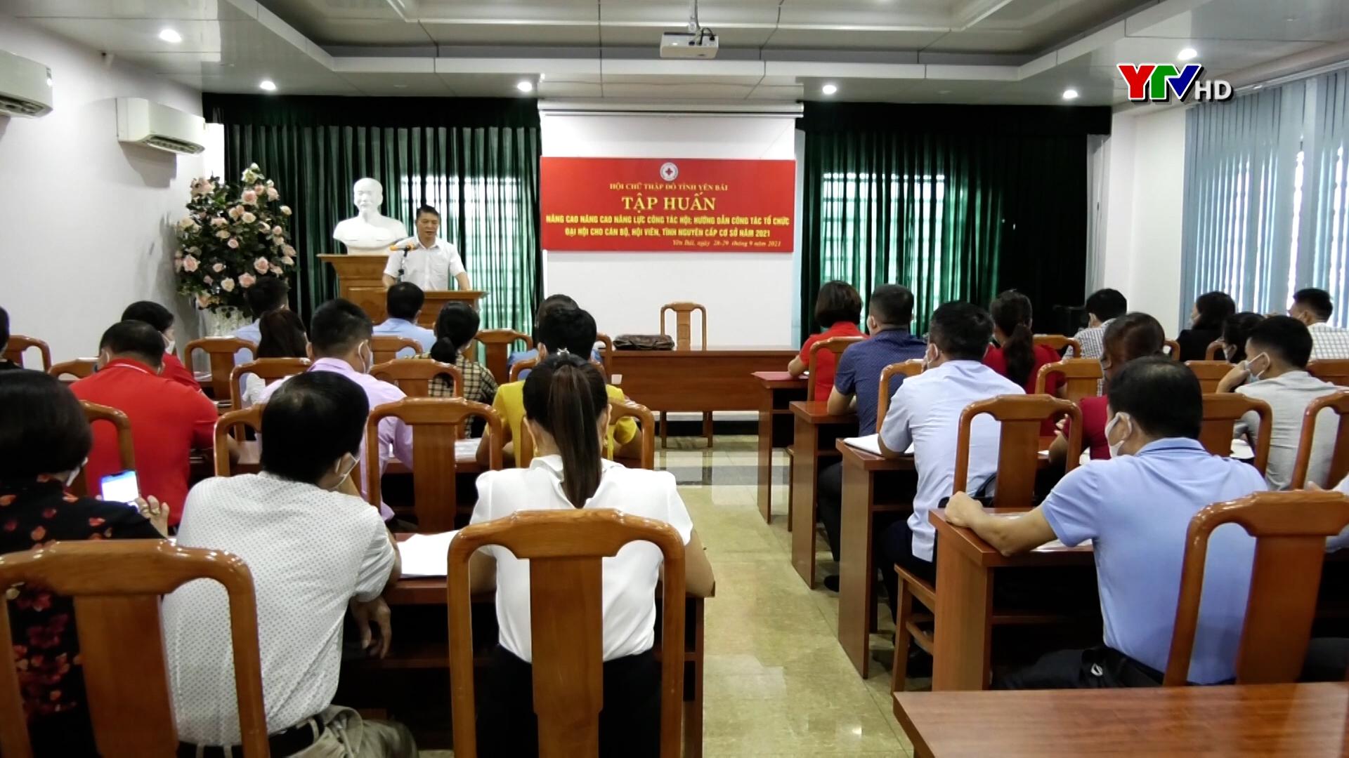 Tập huân nâng cao năng lực công tác Hội Chữ thập đỏ