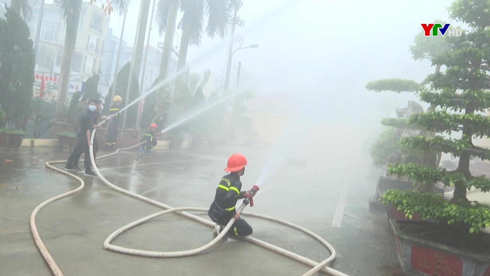 Xây dựng lực lượng Cảnh sát Phòng cháy chữa cháy: Chính quy, tinh nhuệ, vì nhân dân phục vụ