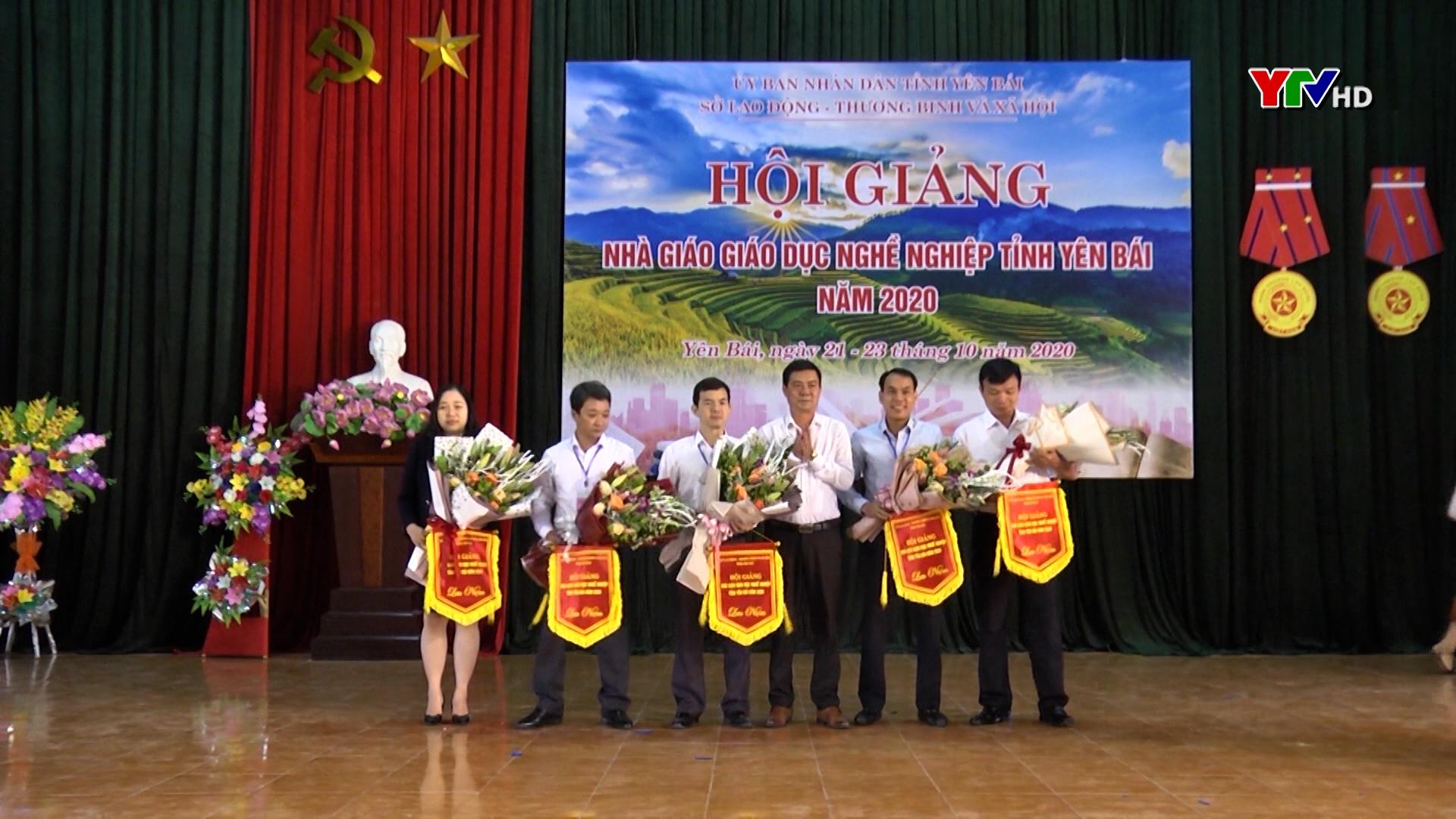 Hội giảng nhà giáo giáo dục nghề nghiệp tỉnh Yên Bái năm 2020