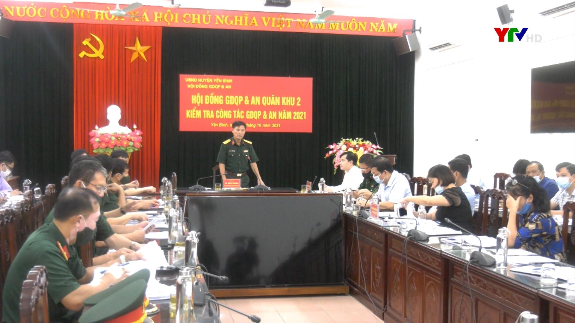 Đoàn công tác của Quân khu 2 kiểm tra công tác giáo dục QP và AN tại huyện Yên Bình.