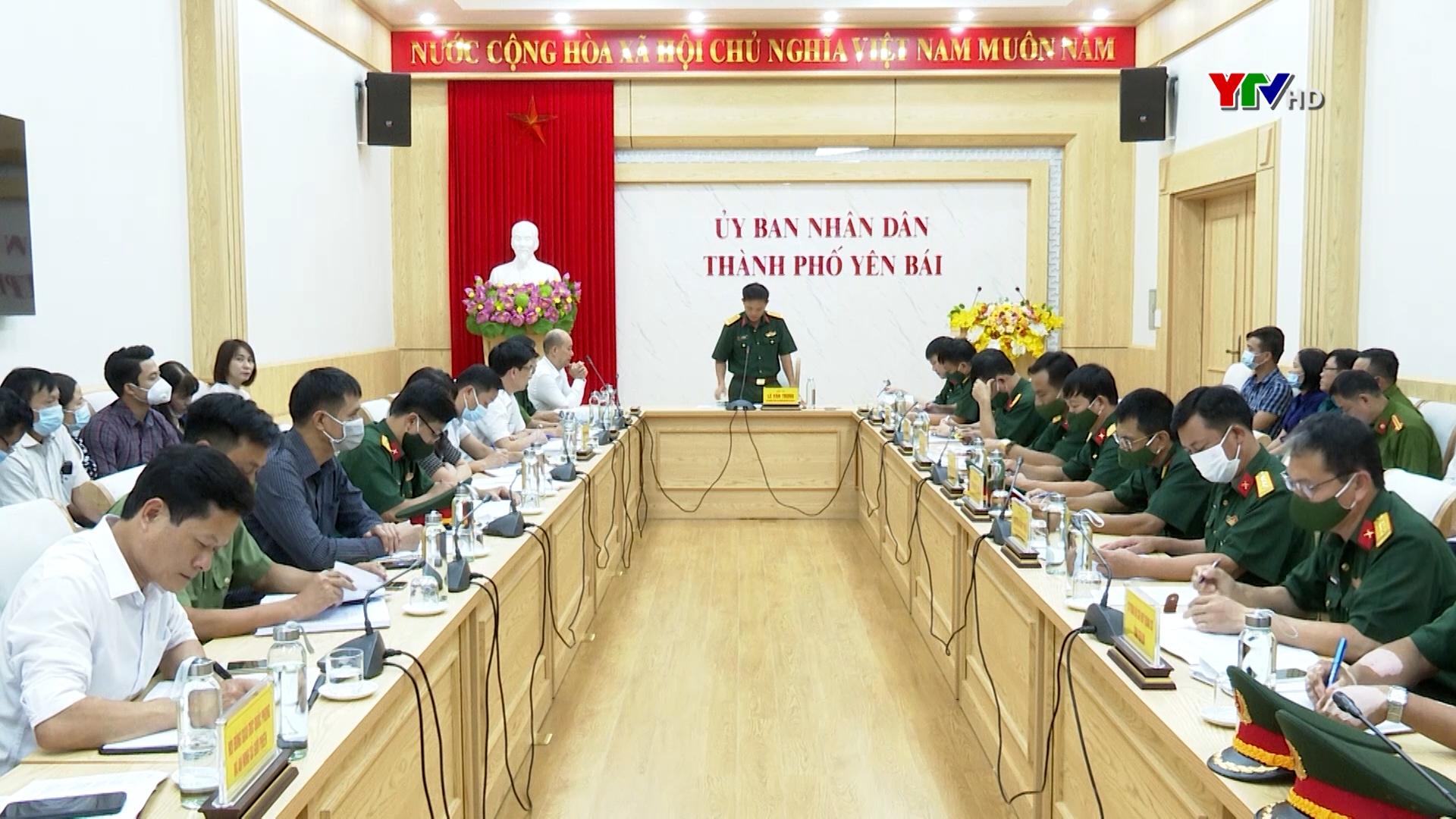 Hội đồng Giáo dục quốc phòng và an ninh Quân khu 2 kiểm tra tại  thành phố Yên Bái