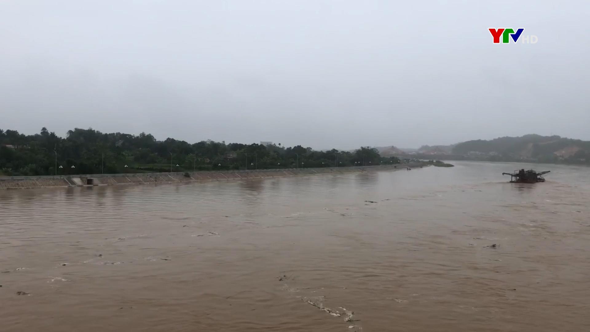 Nước trên sông Thao rút xuống dưới báo động 1