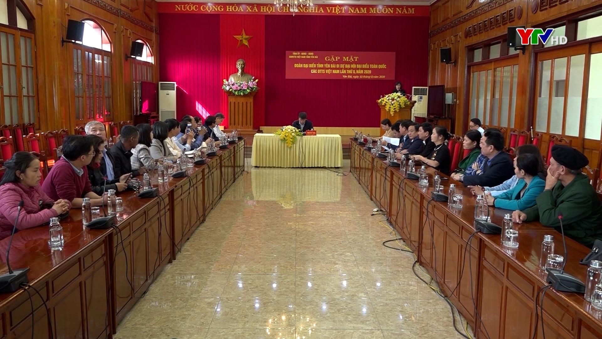 Gặp mặt Đoàn đại biểu tỉnh đi dự Đại hội đại biểu toàn quốc các dân tộc thiểu số Việt Nam lần thứ II năm 2020