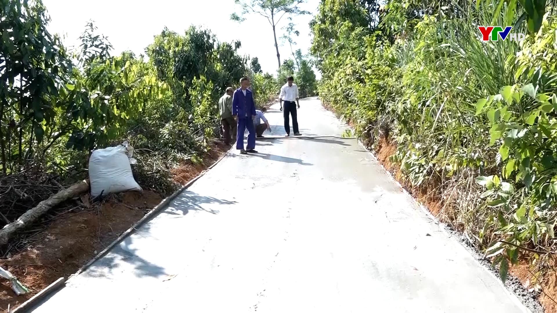 Huyện Văn Yên huy động nguồn lực làm đường giao thông nông thôn